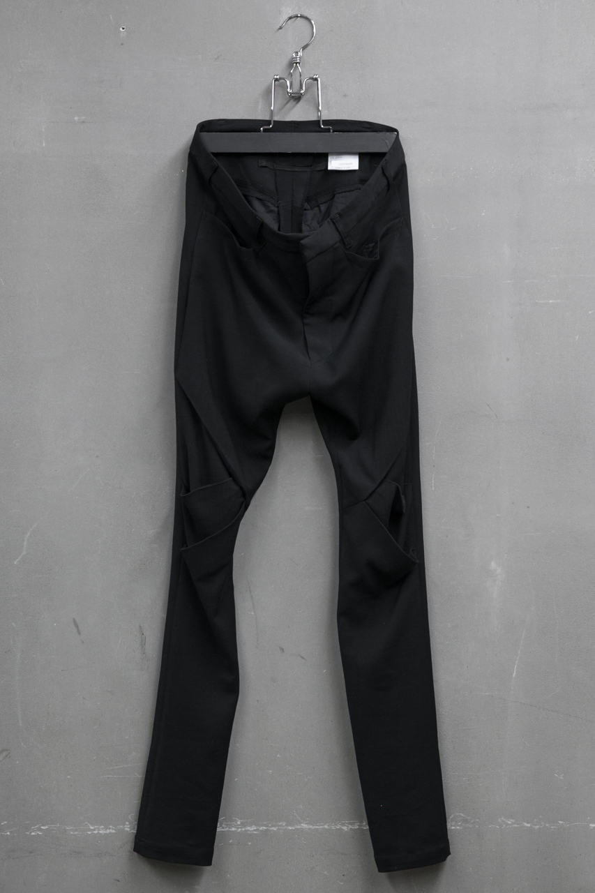 JULIUS TROUSERS FOR MALE アークドトラウザーズ Material:VI/WO STRETCH 品番:527PAM6 ¥44,000-(税抜)