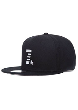 MADE IN WORLD SNAP BACK CAP(7☆)