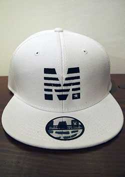 M × MADE IN WORLD SNAP BACK CAP (M×MADE IN WORLD)