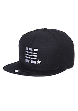 MADE IN WORLD SNAP BACK CAP(W☆)