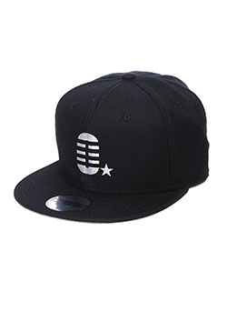 MADE IN WORLD SNAP BACK CAP(O☆)