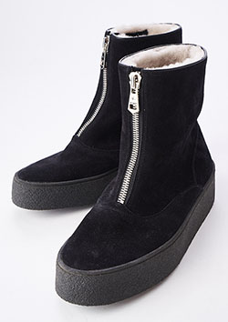 1PIU1UGUALE3 COW SUEDE×SHEEP SKIN CURLING ZIP BOOTS BY SANDERS