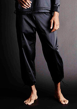 TRAINING WIDE PANTS BLACK LINE