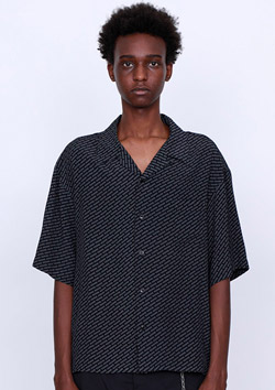 LOGO PATTERN SHIRT