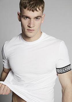 COTTON T-SHIRT MIRRORED LOGO SLEEVE