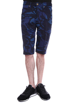 CAMO PRINT SWEATDENIM TIGHT SLIM SHORTS